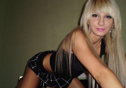 Girl BlondCorry